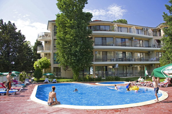 Спектра Холидей Клаб 3* (Spectra Holiday Club 3*), курорт Равда